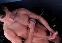 Ripped jock jerks dick in lockerroom session