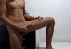 Gostoso com tes&atilde_o gozando - Hot boy wanking and jerking off