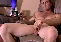 Horny cute twink Keith jerks his fat meat for some cash
