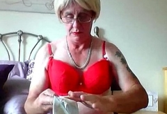 sissy ken cuckold spreads Masters cum on wifes stuff