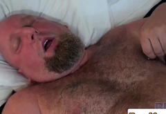 Leather bear Steve Sommers fucks chubby bear