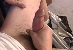 Straight skater amateur jerking his dick