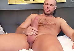 Wade Wolfgar blows a crazy chunky saddle with